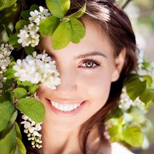 fotografia di ragazza sorridente